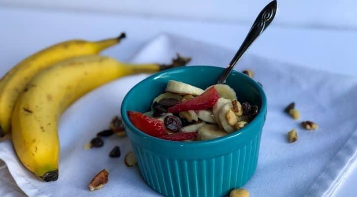 vegan breakfast for kids, easy vegan breakfast, fruity moods, healthy kid cereal, homemade fruit and nuts cereal